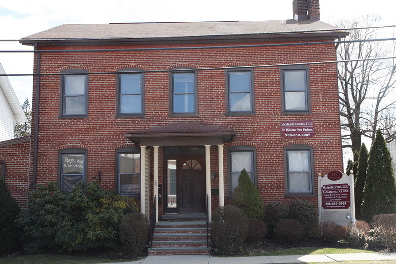 Two rooms on 2nd Floor (each appx 330SF) available at $450/room.  3rd Floor (appx 460SF) is also available for $575 per month. All units share a common bathroom on the 2nd floor. Office space located at highly visible corner across from Hackettstown Post Office.
