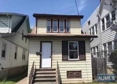 134 E 32nd Street, Paterson, NJ 07514