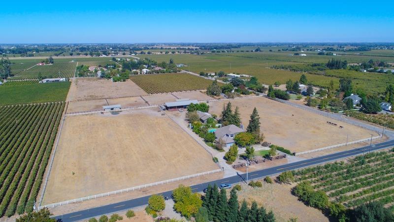 6851 E Realty Road, Lodi, CA 95240