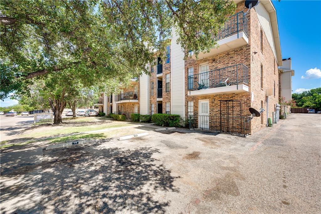 9520 Royal Lane 204, Dallas, TX 75243