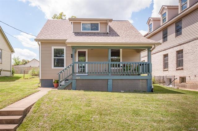 2829 Brazeau Ave, Brentwood, MO 63144