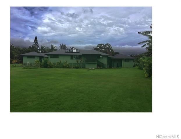 3 bed, 3 bath, 3 car garage. House sits in a half of a acre, very well kept yard. The house is very spacious and all rooms face a atrium. Enjoy the country living at beautiful and serene Pupukea mountain. All utilities included.