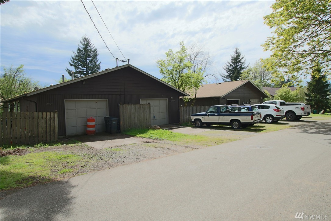 Rambler style duplex, 846 sf each side, 2 bed/1 bath units. Living room w/gas fireplace, dining nook open to kitchen, single car garage each side. Both have their own yard, partially fenced. All tenants are month-to-month and pay all utilities. Great location, easy to Lacey and Olympia. Olympia School District!