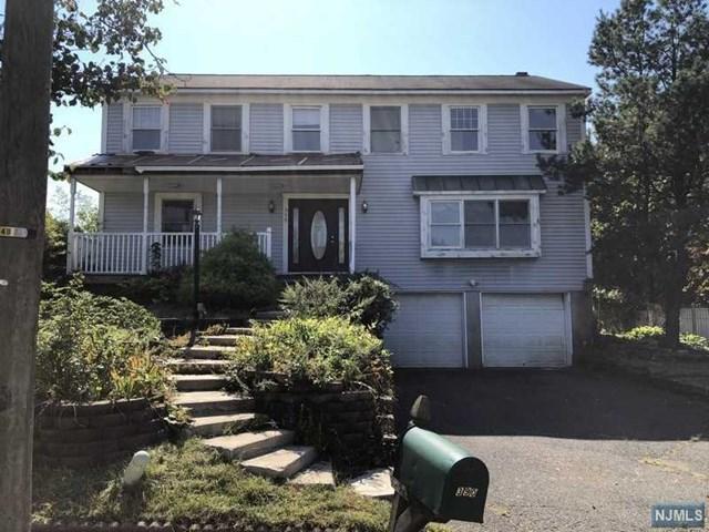 390 James Wood Court, New Milford, NJ 07646
