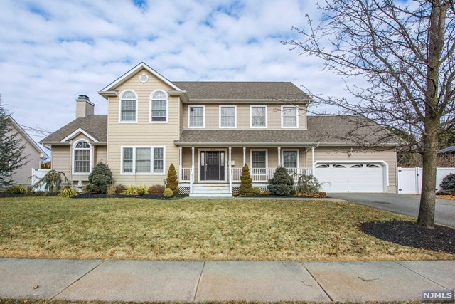239 Willow Avenue, Pompton Lakes, NJ 07442