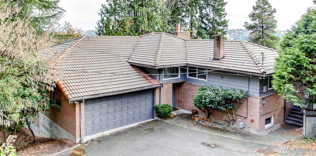 5427 NE 180th St, Lake Forest Park, WA 98155