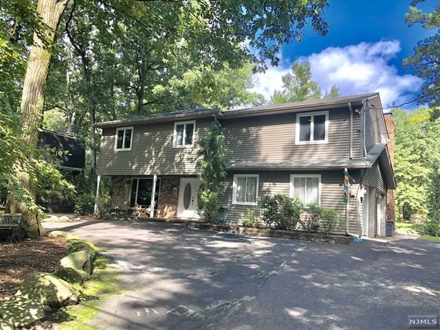 18 Bear Brook Road, Park Ridge, NJ 07656