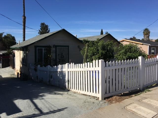 3320 Cypress, National City, CA 91950