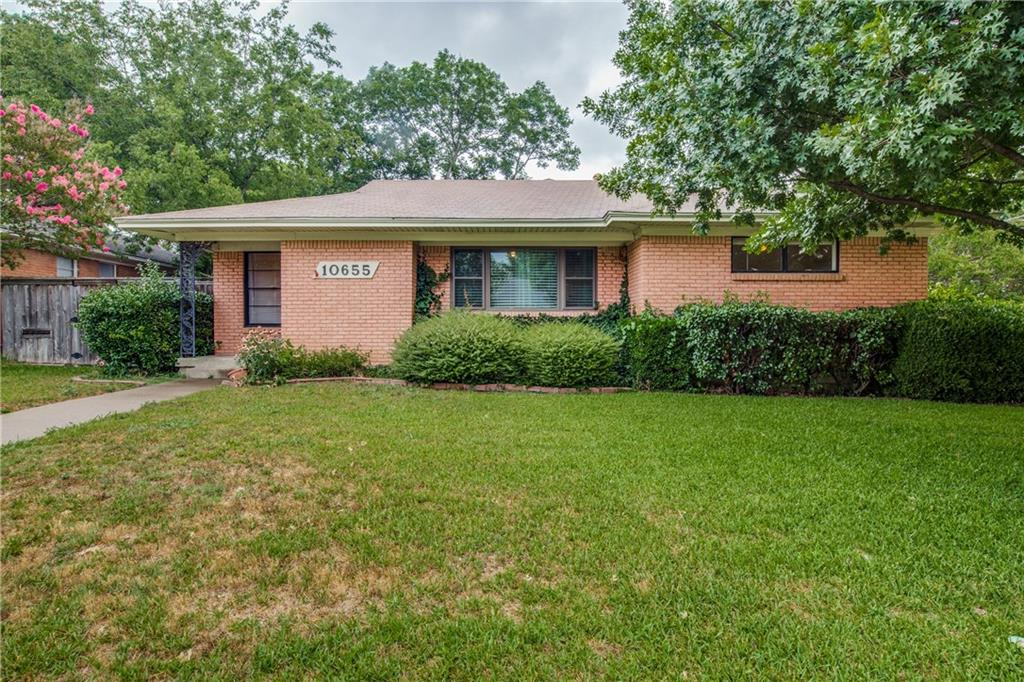 """This mid-century modern home in the popular """"L Streets"""" is ready for your TLC and updates! On a corner lot with wonderful trees and curb appeal, this home is looking for the right investor to make the ARV similar to other homes that have been renovated in the Lake Highlands Estates area.  With 2 living areas, a pier and beam foundation and mature landscaping, this property is perfect for the fixer-upper.  Given the scope of renovations needed, this property is being sold as is."""