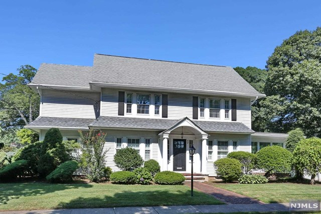 52 Berkeley Place, Glen Rock, NJ 07452