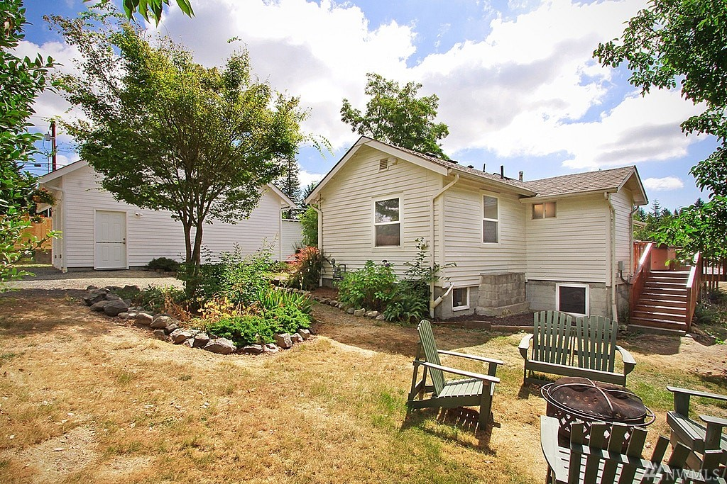 216 174th St SW, Bothell, WA 98012