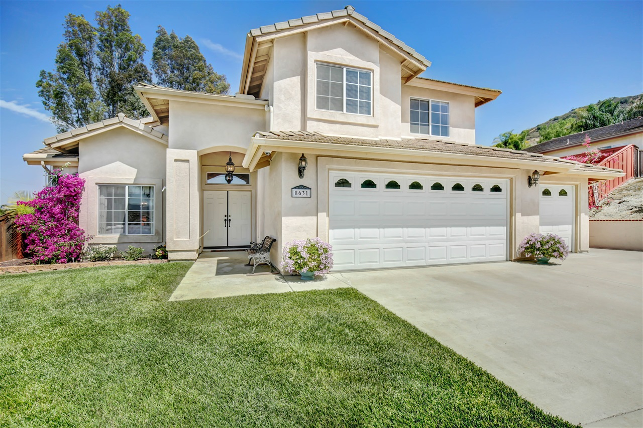 8631 Clifford Heights Rd, Santee, CA 92071