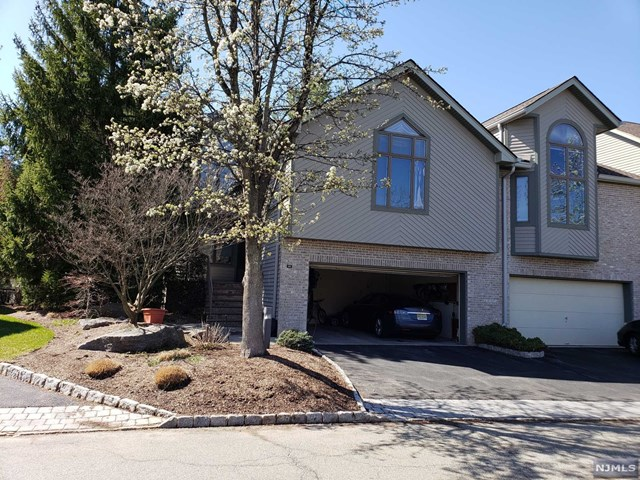 810 Hemlock Court, Norwood, NJ 07648