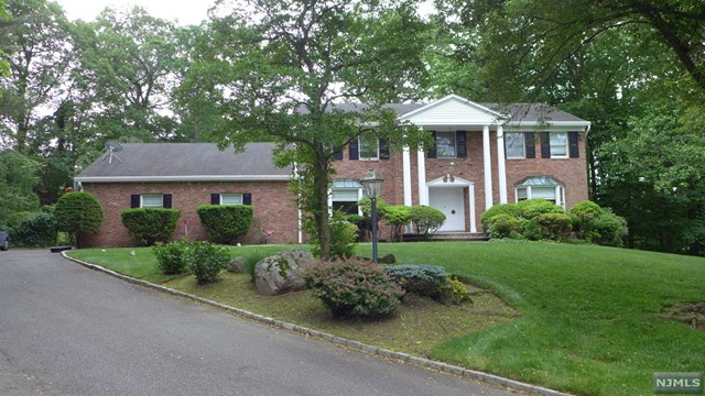 34 Ellens Way, Alpine, NJ 07620
