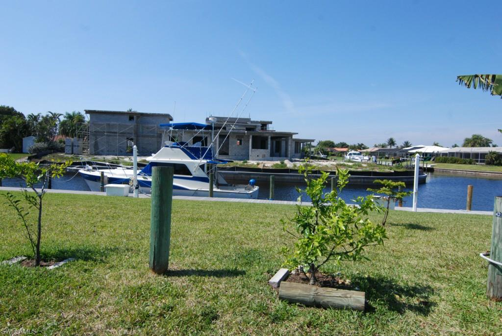 """TOWN AND RIVER. BUILD YOUR DREAM HOME WITH A WATER VIEW . THOUGH THE LOT ADDRESS IS ON MCGREGOR BLVD,  THE LOT FACES TOWN AND RIVER DRIVE, A SIDE STREET ENTERING THE COMMUNITY.  2 LOTS SOLD AS A PACKAGE. PIN #""""S 21-45-24-00-00002.8000 AND 21-45-24-00-00002.700 LOTS ZONED C-2 FOR MULTIPLE USES, PERFECT FOR LOW RISE OFFICE BUILDING OR  BUILD YOUR HOME IN THE BEAUTIFUL COMMUNITY OF TOWN AND RIVER"""