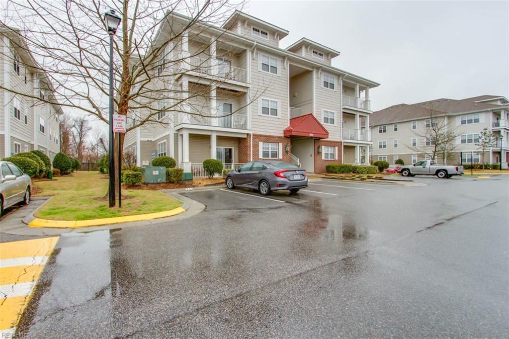 920 southmoor Drive 303, Virginia Beach, VA 23455