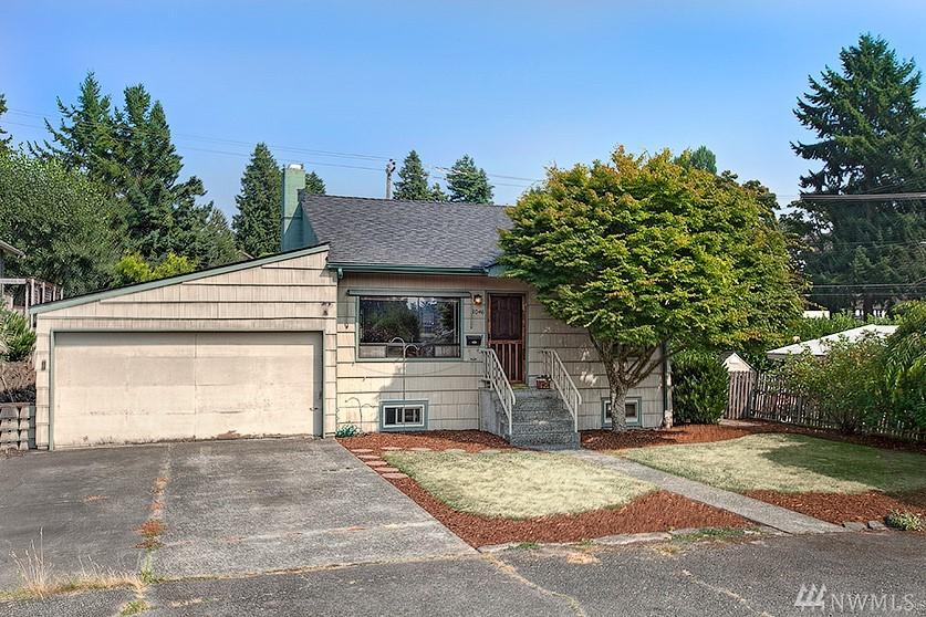 3046 47th Ave SW, Seattle, WA 98116