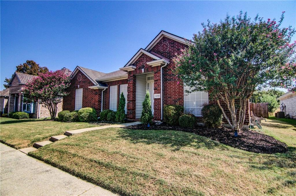 2214 Valley Creek Drive, Garland, TX 75040