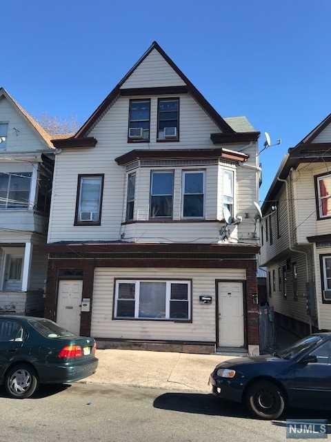 925 E 19th Street, Paterson, NJ 07501
