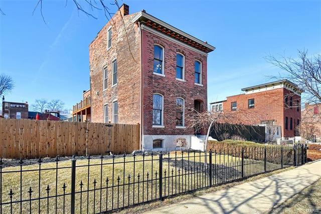 1209 Dolman Street, St Louis, MO 63104