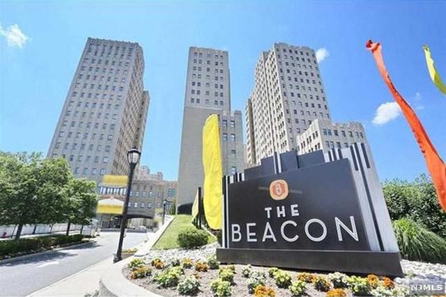 4 Beacon Way 604, Jersey City, NJ 07304