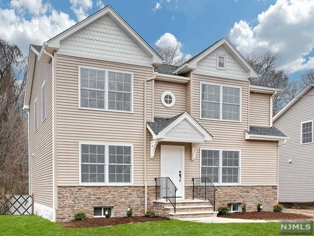 647 Newcomb Road, Ridgewood, NJ 07450