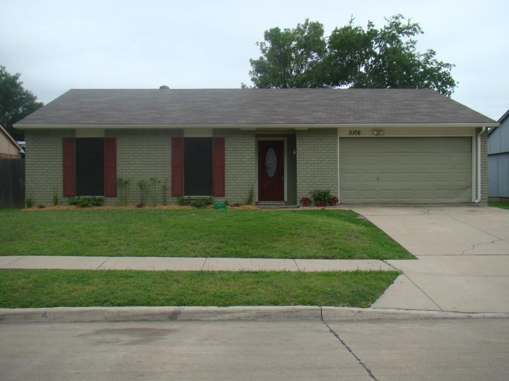 NO CARPET!!!!  NICE DRIVE UP.   REMODELED KITCHEN OPEN TO LARGE LIVING W- WBFP.  UPGRADED CEILING FANS & LIGHTING FIXTURES.  BOTH BATHS REMODELED W- BATH ENCLOSURES, VANITIES & LIGHTING.  CERAMIC TILE THROUGH OUT.  BIG MASTER BEDROOM W- WALK IN CLOSET.  VERY NICE SIZED YARD & TREES.  EXCELLENT SOUTHEAST COLONY LOCATION MINUTES TO HWY 121 WITH SHOPPING, RESTAURANTS W- EZ ACCESS TO NORTH DALLAS TOLLWAY, DFW AIRPORT.  (PICTURES TAKEN WHEN HOUSE WAS VACANT.) LONGHORN FOUNDATION TO INSTALL 9 PIERS PER STRUCTURAL ENGINEERS REPORT NEXT WEEK.