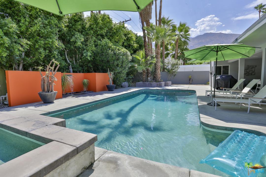 1127 E MESQUITE Avenue, Palm Springs, CA 92264