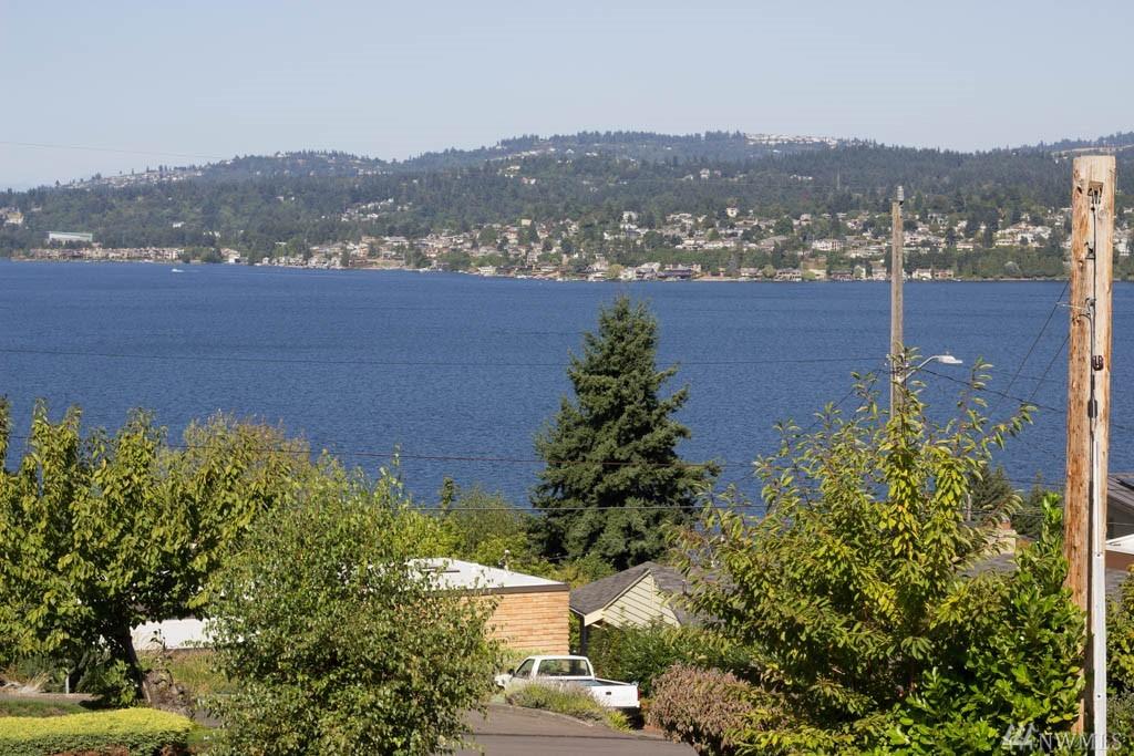 10804 Rowan Rd S, Seattle, WA 98178