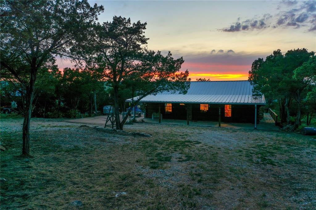 1040 Bluff Creek Drive, Possum Kingdom Lake, TX 76475