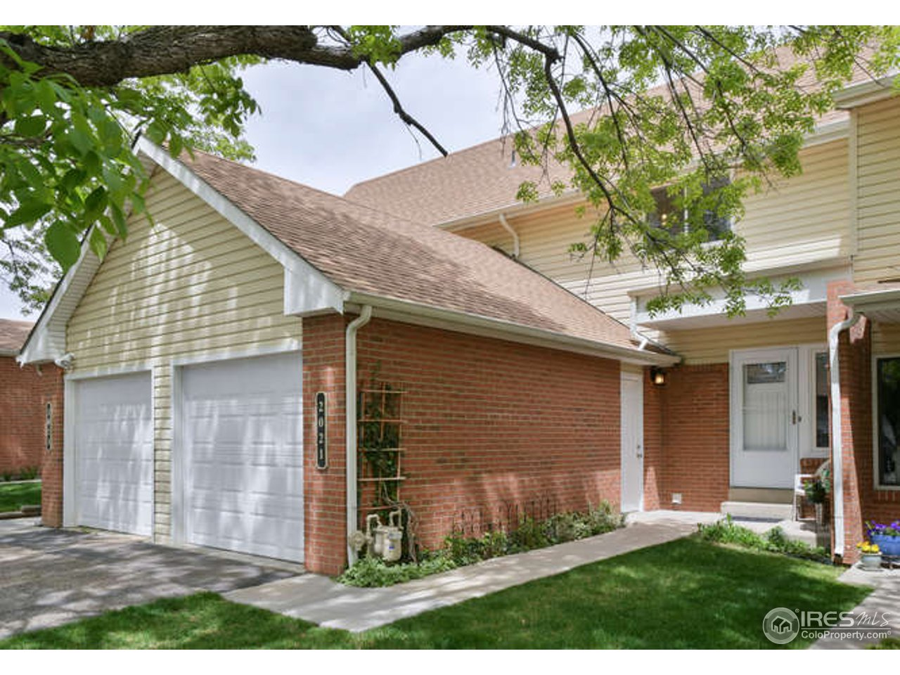 This home is immaculate and move in ready with lots of high quality finishes throughout! Occupied by the same owners for the past 18 years. This home boasts hickory cabinets, high quality exterior doors, triple pane windows, newer garage door, a wood burning fireplace, and a beautiful wood deck on the private patio. Unfinished basement has tons of storage space and room for future expansion. Adjacent to open space and Coal Creek Trail! Steps and schools and short commute to Boulder!