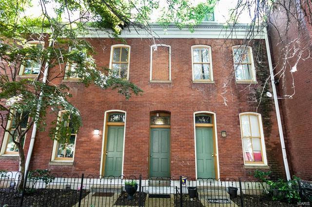 1432 Dolman Street, St Louis, MO 63104