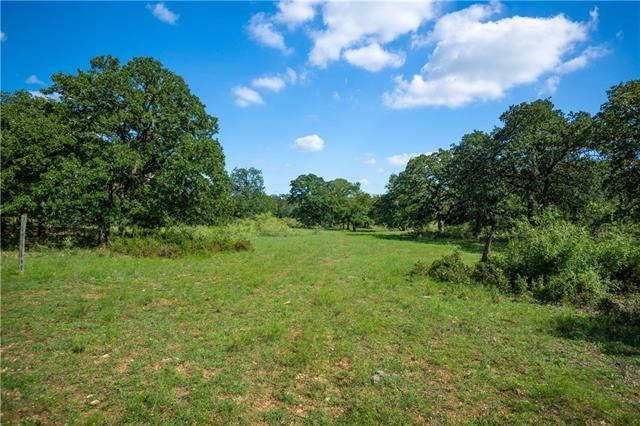 Perfectly & privately located, un-developed mix of natural land behind Cimarron Hills, award-winning Jack Nicklaus Signature Golf Course. Hill country views, oak trees & abundant wildlife w/ tracts of Non-platted 10+ acres. Deed restrictions & ACC to maintain an upscale private ranch/country club lifestyle. Paved Rd. GISD. Elec available, Septic & Well needed. Multiple tracts can be combined