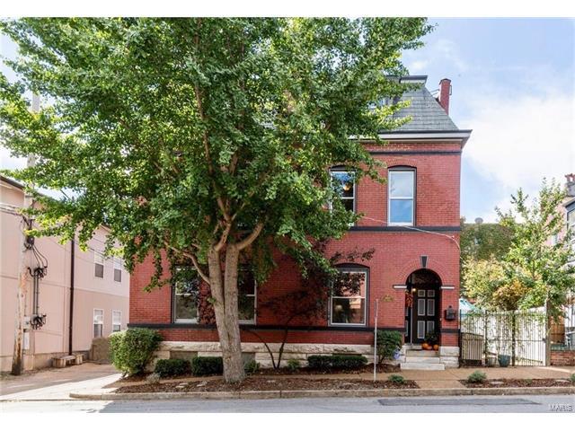 1014 Lami Street, St Louis, MO 63104
