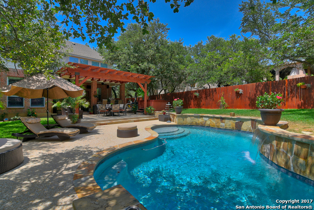 8830 Woodland Pkwy, Fair Oaks Ranch, TX 78015