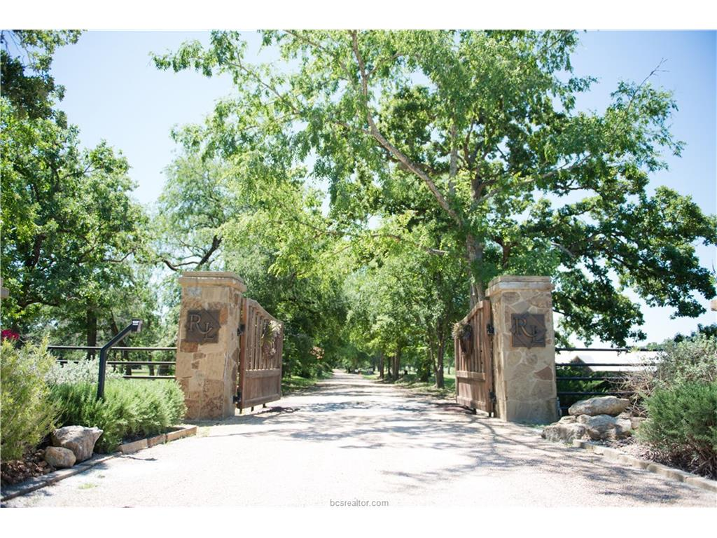 7775 192 County Road, Anderson, TX 77830