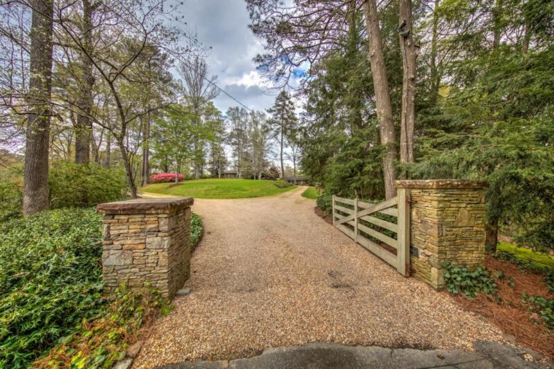 4395 Harris Trail NW, Atlanta, GA 30327