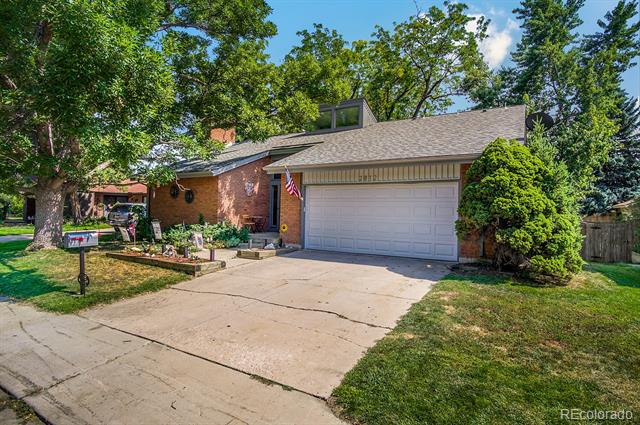 2812 S Oakland Circle, Aurora, CO 80014