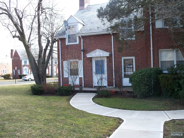 150 Boyden Avenue, Maplewood, NJ 07040