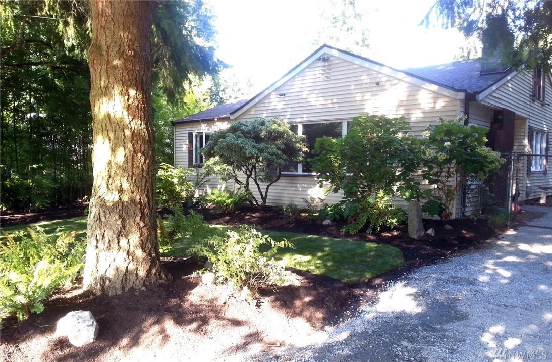 8802 Burke Ave N, Seattle, WA 98103