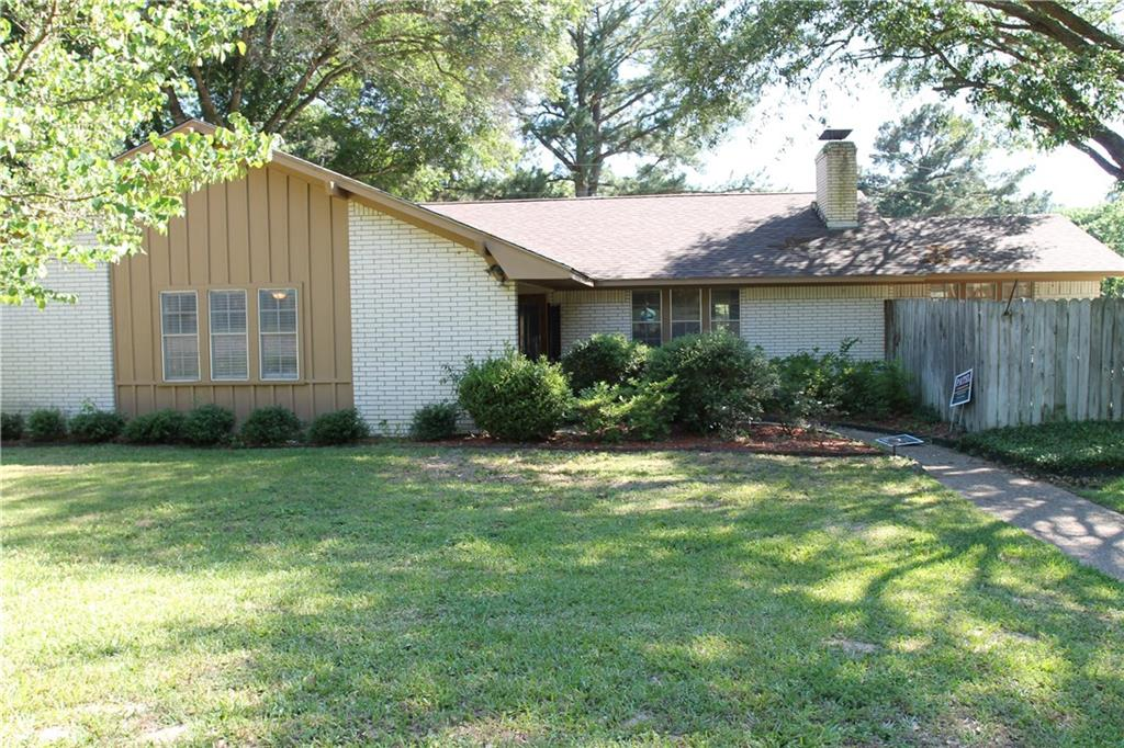223 Guadalupe Drive, Athens, TX 75751