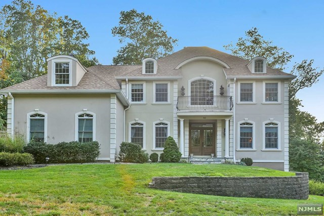 92 Old Indian Road, West Orange, NJ 07052