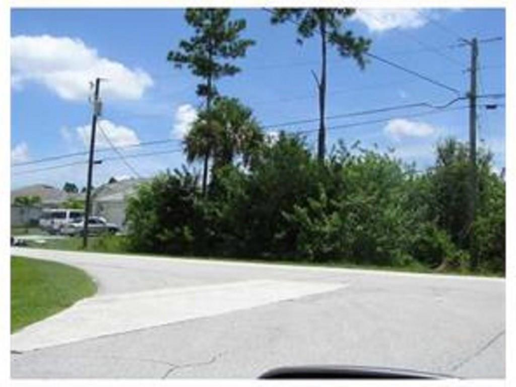 Build your dream home on this prime residential building lot in a quiet neighborhood of newer homes backing up to a canal. Easy access to Green River Parkway and Jensen Beach amenities. About 8 miles to the Jensen Beach public boat launch. Listing agent has ownership interest.
