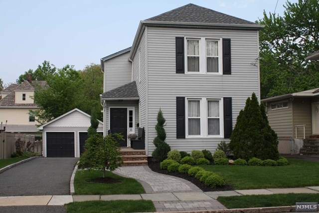 33 Riverview Avenue, Rutherford, NJ 07070