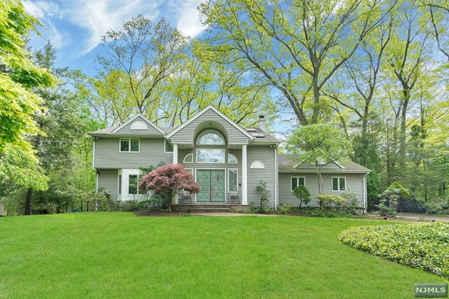 168 Donnybrook Drive, Demarest, NJ 07627