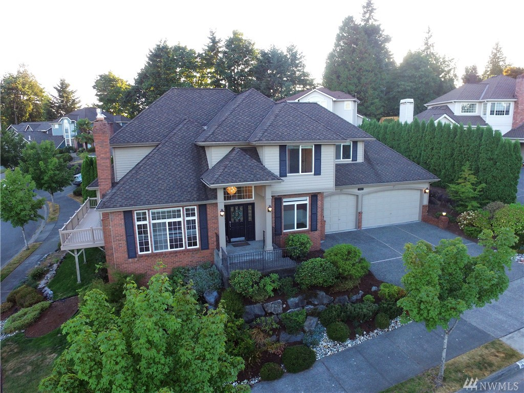 Power Corner View Lot w/ Model Home Quality - $150K added after 2014. Unbelievable finishes & upgrades! Walk to Award Winning Maywood Hills Elem & play fields! Bothell's Upgrading City in Big Way! Only plat in Northshore School Dist. w/ community pool, cabana, hot tub, weight room, Tennis court. Newer 50 yr Presidential Roof! Wraparound View Deck! Master Suite all new Custom-Steam shower, heated floors! Great Neighbors!  **3D Tour**