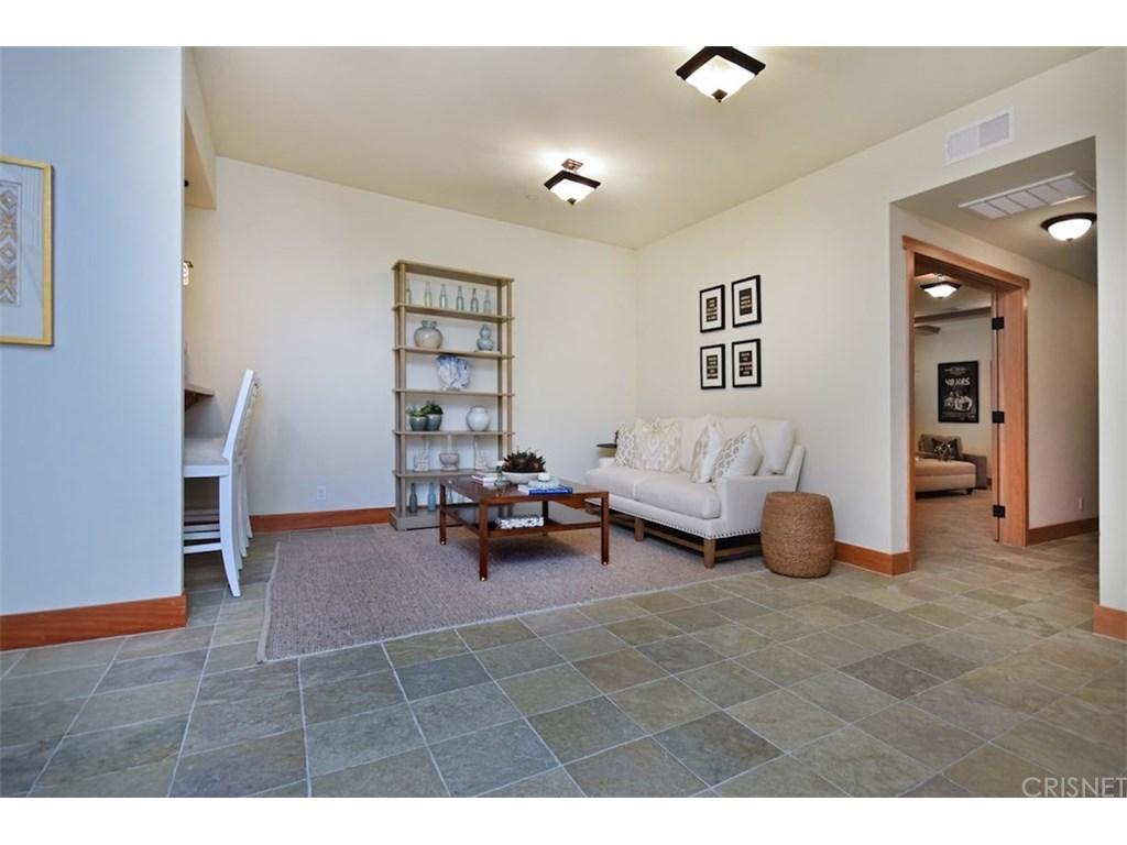 3931 OESTE Avenue, Studio City, CA 91604