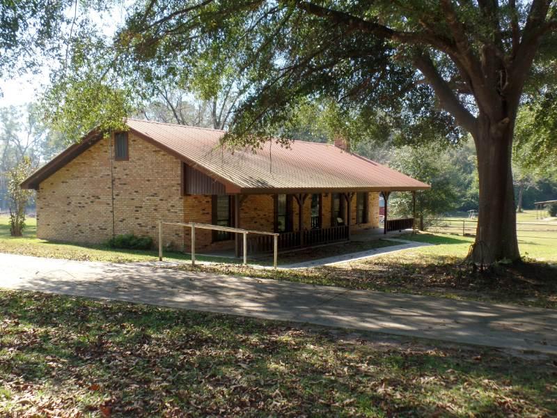14499 N Hwy 87, Burkeville, TX 75932
