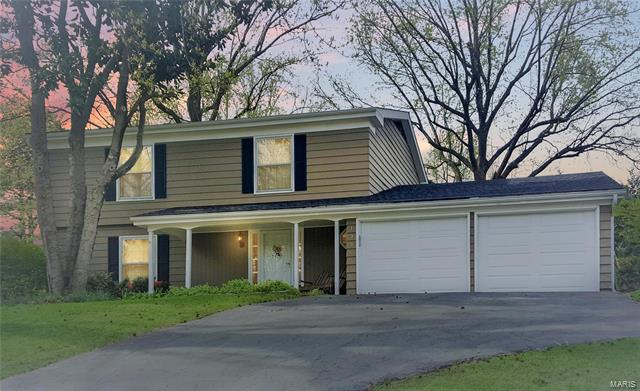 195 River Bend Drive, Chesterfield, MO 63017