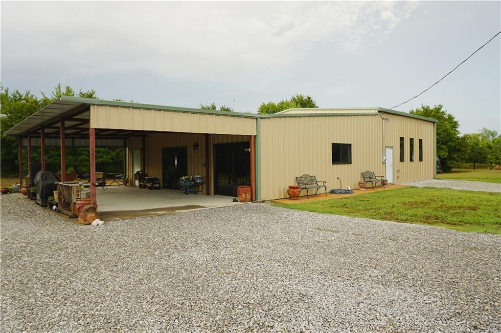 2691 County Road 3335, Ladonia, TX 75449